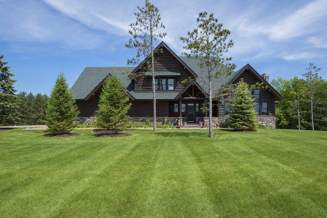 log home in Corcoran, Minnesota